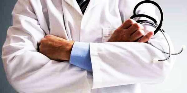 دکتر پاکستانی دکتر یونس پزشک پاکستانی مقیم قلعه گنج
