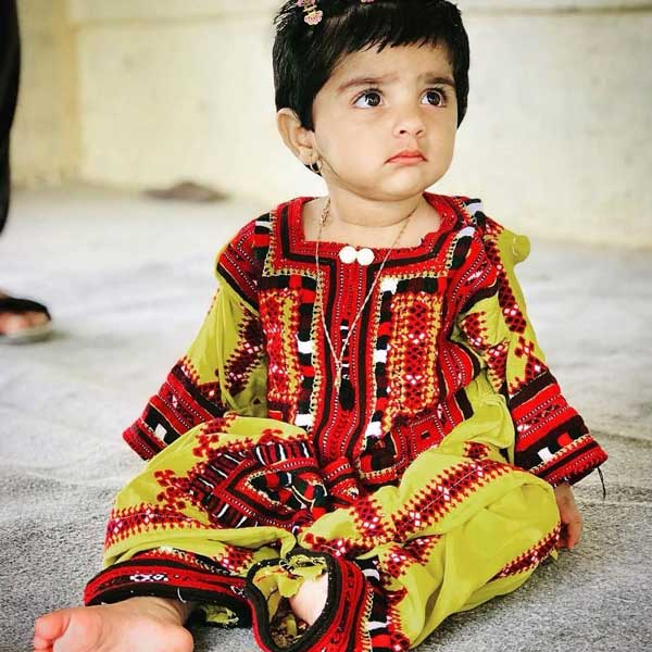 لباس دختر بچه بلوچ